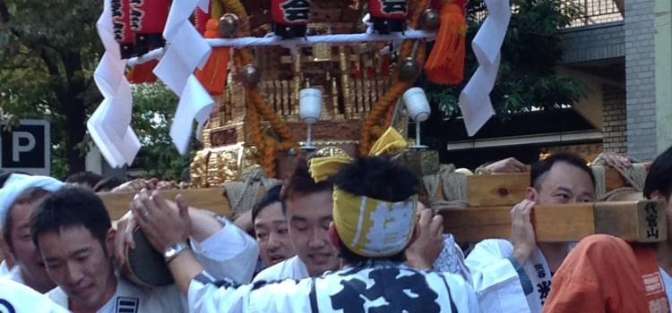 氷川神社大祭 32年ぶりの宮入も……