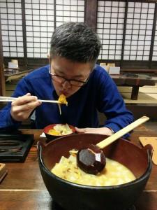 平打ち麺に野菜たっぷり 伝統の郷土料理を頂きました!